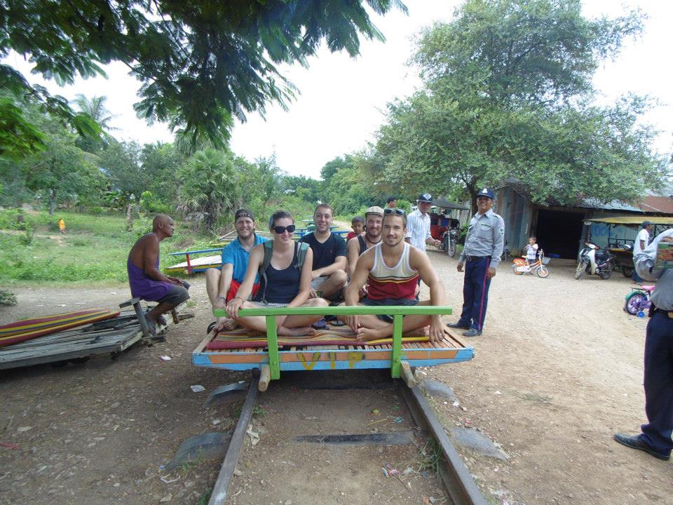 Sharing local experiences in Battambang, Camboia