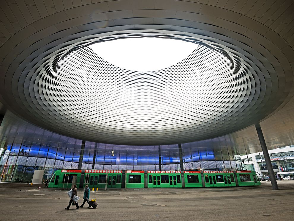 messe-basel-new-hall-switzerland_76021_990x742