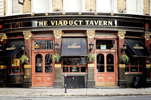 LW_The-Viaduct-Tavern-001